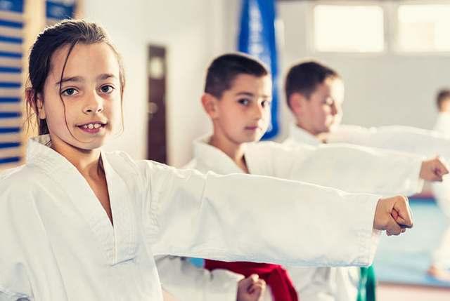 Virtual kids fitness class